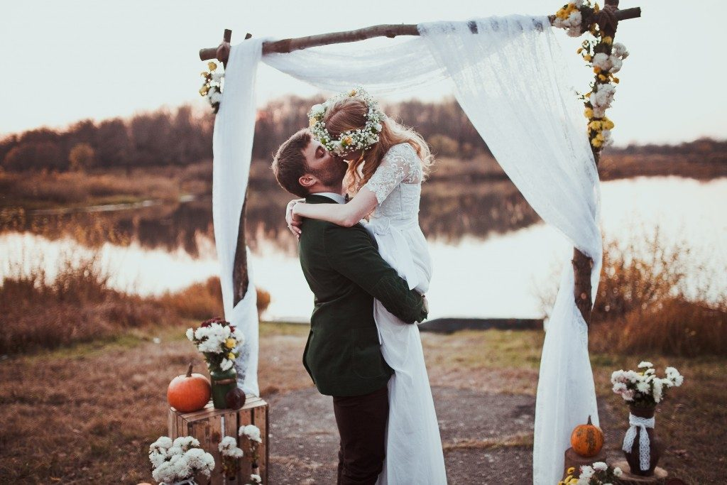 Rustic autumn wedding